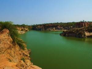 The first lake on Surajkund-Bhatti track